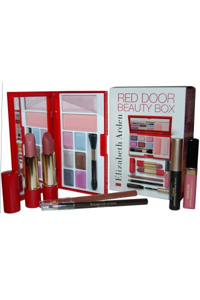 Elizabeth Arden Red Door Beauty Box